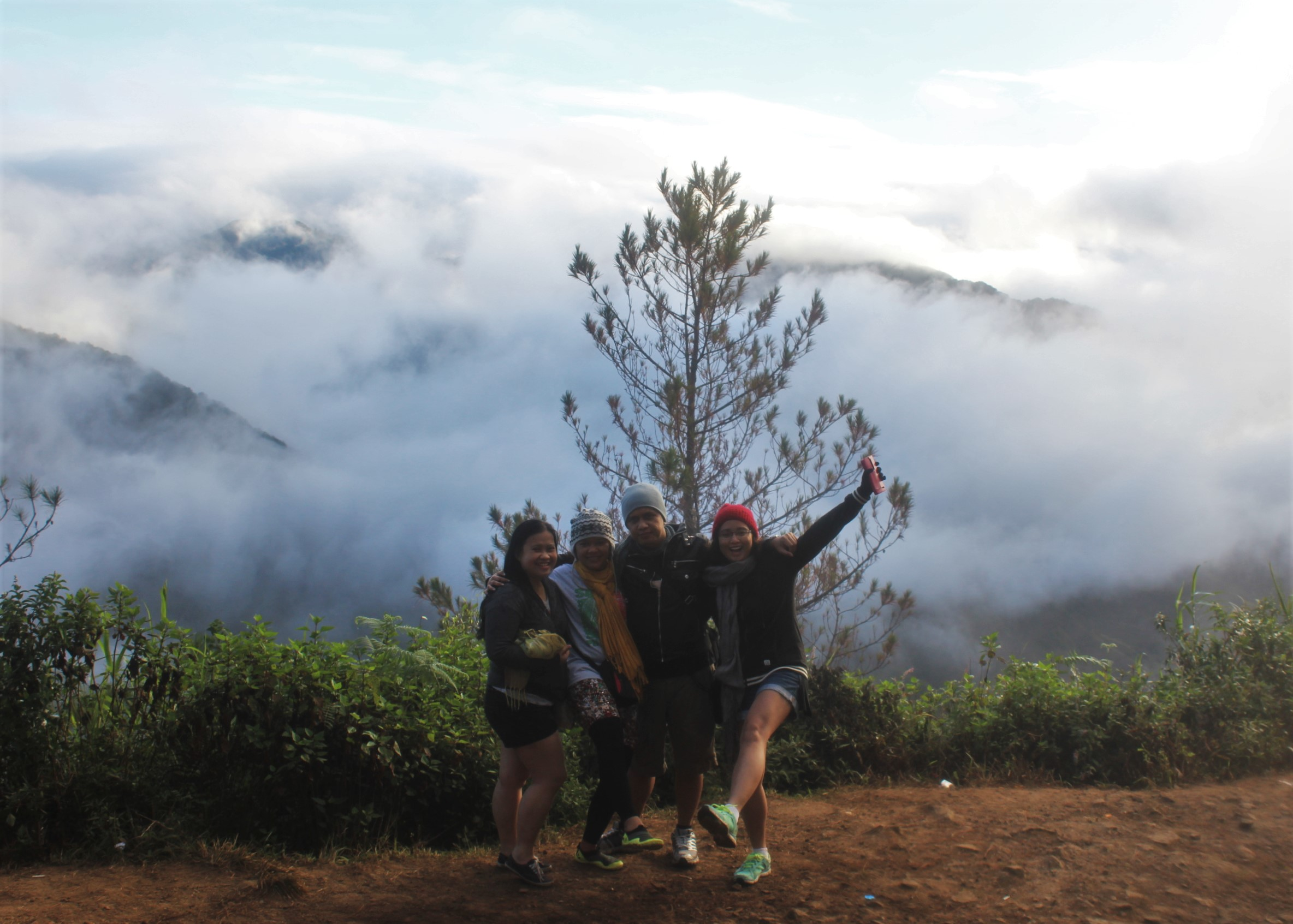 sagada-kiltepan-peak-viewpoint-sea-of-clouds-group